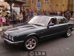 JAGUAR XJ8 (Photo 3)