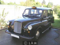 CARBODIES Taxi Londonien (Photo 1)
