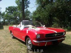 FORD Mustang (Photo 1)