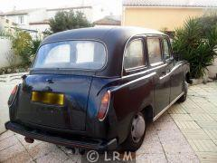 Carbodies Taxi Anglais (Photo 3)