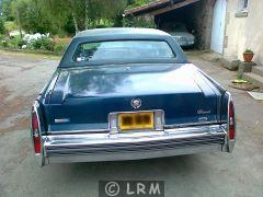 CADILLAC Fleetwood (Photo 3)