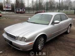 JAGUAR XJ8 300CV (Photo 1)