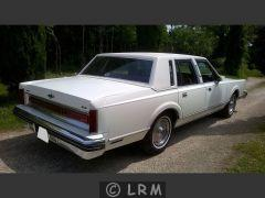 LINCOLN Town Car (Photo 3)