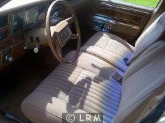 LINCOLN Town Car (Photo 5)