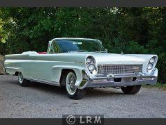 LINCOLN Continental Mark III (Photo 2)