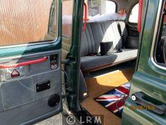 CARBODIES Taxi Anglais (Photo 5)