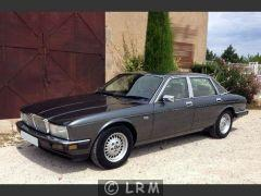 JAGUAR XJ40 (Photo 1)