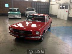 FORD Mustang  (Photo 2)