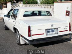 CADILLAC Fleetwood (Photo 2)