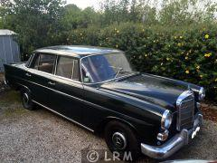 MERCEDES Heckflosse 200D  (Photo 2)