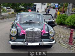 MERCEDES Heckflosse 200D  (Photo 3)