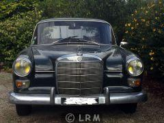 MERCEDES Heckflosse 200D  (Photo 5)