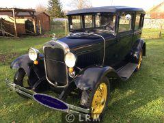 FORD A limousine (Photo 1)