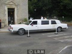LINCOLN Town Car (Photo 2)