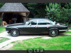 DAIMLER Double Six (Photo 4)